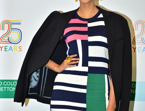 Sonam Kapoor at the United Colors of Benetton 25th Anniversary Clebration at the United Colors of Benetton Store, Linking Road, Mumbai (4)