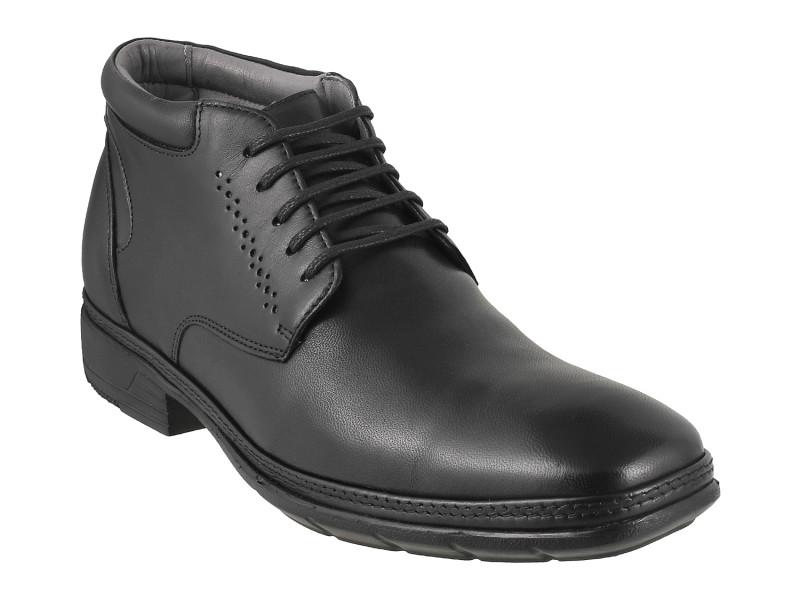 Metro_Boots for men_INR 8990
