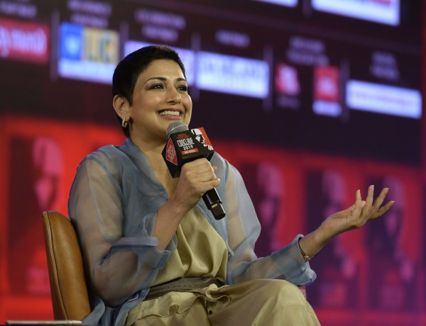 Sonali_Bendre_at_India_Today_Conclave_2019