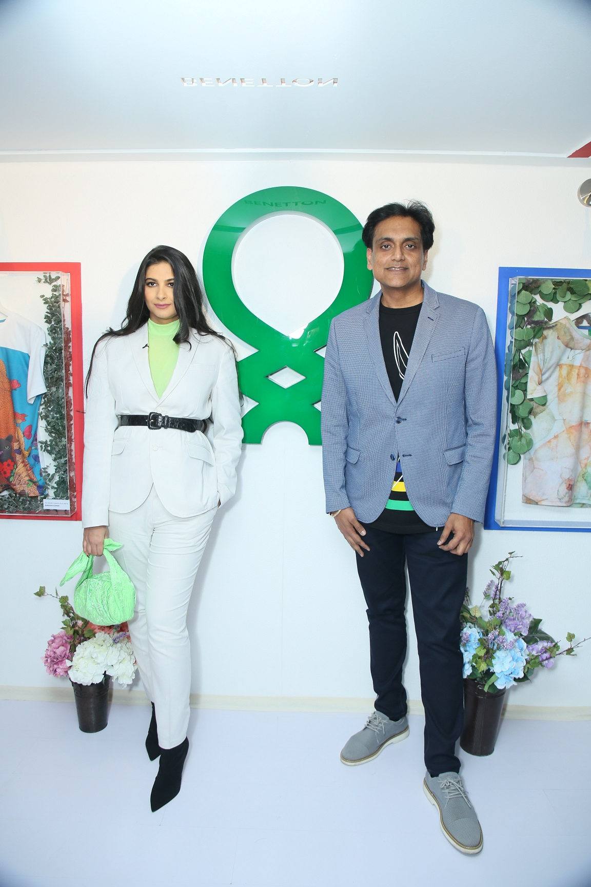 Talent Powerhouse Rhea Kapoor & Sundeep Chugh - MD & CEO of Benetton India at the launch of Benetton's collectible art line (3)